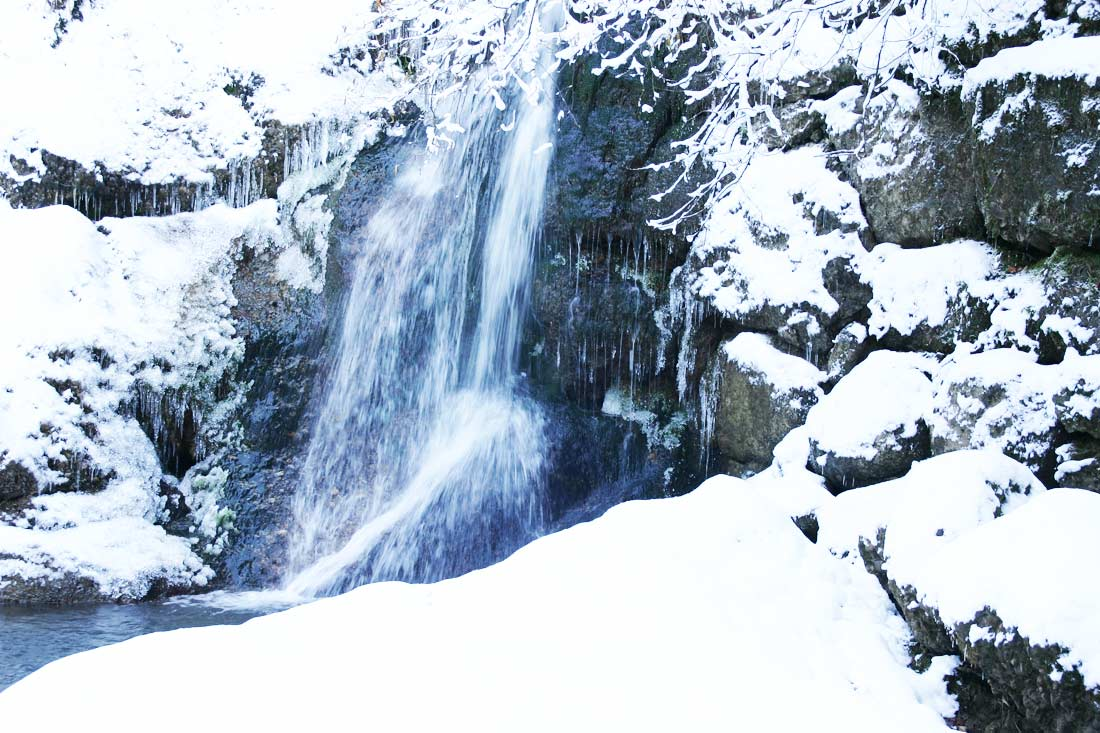 Wasserfall Winter